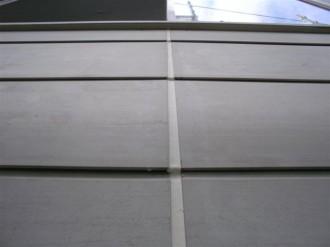 外壁サイディング垂直目地補修済
