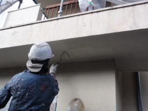 軒裏天井 中塗り作業中