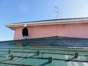 外壁・屋根点検中