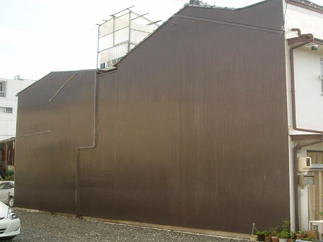 外壁、波トタン
